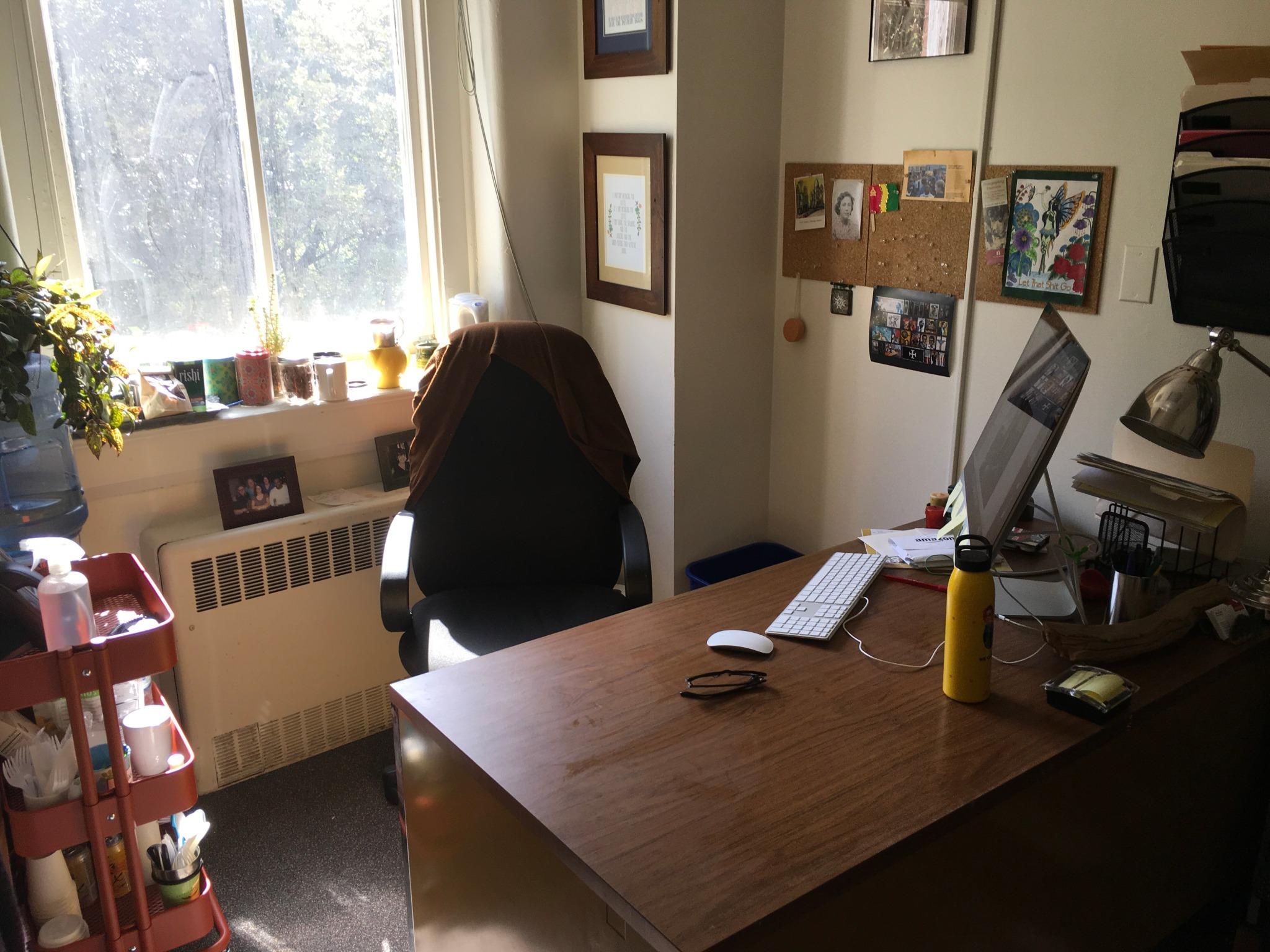 Lara Kelland Workspace